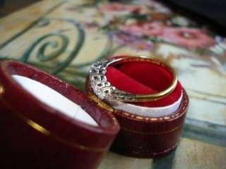 Antique Victorian 18k Gold Platinum Setting 16 pts Diamomd Ring
