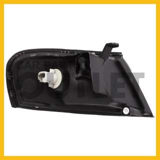 1998   1999 NISSAN ALTIMA OEM REPLACEMENT CORNER LAMP ASSEMBLY