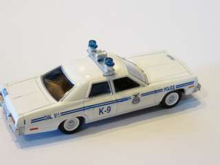 US Air Force Police Dodge Monoco Old Style 1:64 Custom