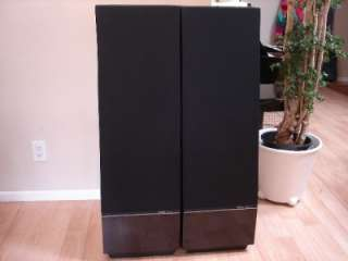 Awesome pair Thiel CS 3.5 Floor Standing Speakers.hi gloss piano black
