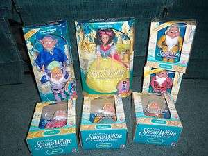 VINTAGE New DISNEY Snow White Barbie Doll 7 DWARFS HAPPY GRUMPYSNEEZY