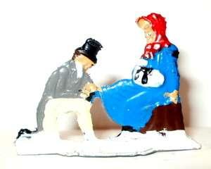 HEINRICHSEN LEAD FLAT GERMANY MAN TYING WOMENS SKATES RED BONNET