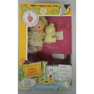 Vintage 1980s Strawberry Shortcake Butter Cookie Figure W