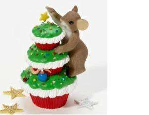 Charming Tails~MERRY CHRISTMAS CUPCAKE~2011~BRAND NEW~