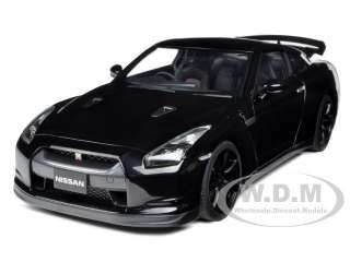 NISSAN GT R R35 SUPER BLACK 1/18 DIECAST CAR MODEL BY AUTOART 77394
