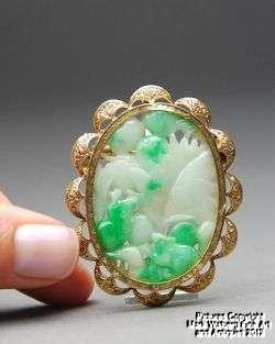 Fine Chinese Natural White & Apple Green Jadeite Jade & 18K Gold