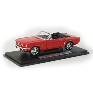 18 Scale Diecast 1964 Ford Mustang Convertible   Red Toys & Games
