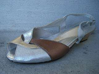 VTG 60s 70S HUSH PUPPIES Heels Sandals Silver Gold 8