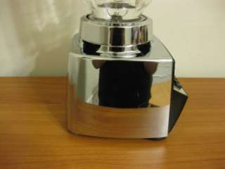 VINTAGE OSTERIZER CLASSIC VIII 8 SPEED CHROME BLENDER MODEL 541