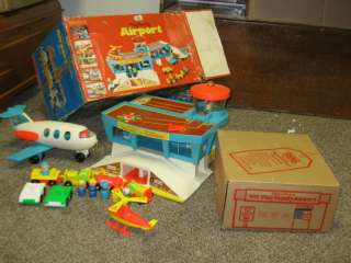 VTG Fisher Price Little People Play Airport Set 996 M