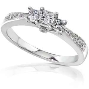 1/3ct TW Three Stone Princess Cut Diamond Enagagment Ring