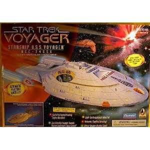 Star Trek Starship USS Voyager NCC 74656  Toys & Games