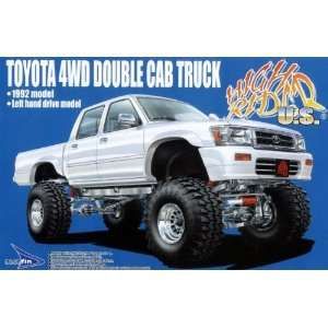 4WD Double Cab Truck 92 1/24 w/ Super Swamper Tires: Toys & Games