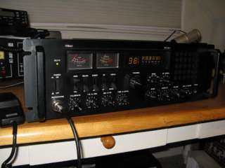 2517 DELUXE SSB/AM, CB BASE STATION RADIO / NEEDS REPAIR !