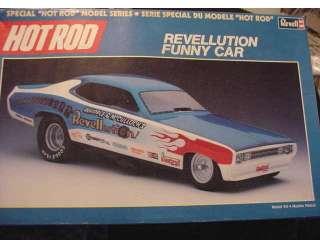 16 Revell Funny Car Dragster 1973 REVELLUTION MOPAR Hot Rod ISSUE